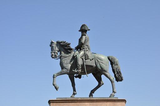 Horse, Espartero, Logroño, Rioja, La Rioja, Stones
