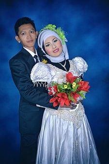 Pair, Bride, Lush Hillside, Sungai Bahar, Kebaya