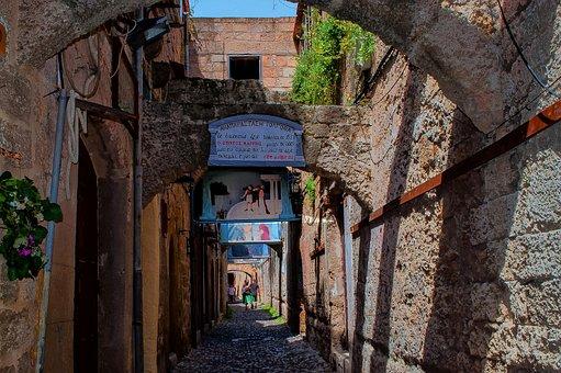 Narrow Alley, Rhodhos, Rhodhos-old Town