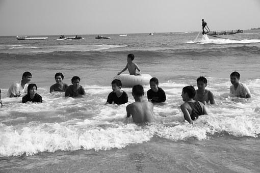 Taiwan, Kenting, Beach, Portrait, Black And White