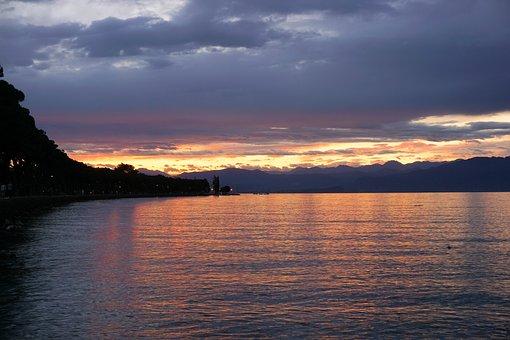 Lake, Garda, Water, Holiday, Bank, Nature, Italy