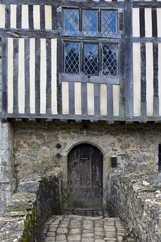 Ightham Mote, Medieval Moated Manor House, Doorway