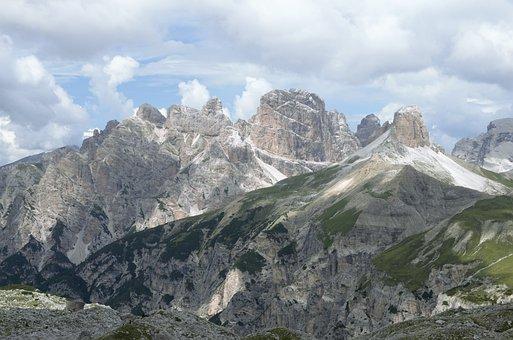The Dolomites, The Alps, Tre Cime Di Lavaredo, Italy