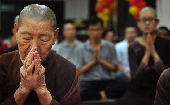 Theravada Buddhism, Old Nun, Worship, Sayalay, Old