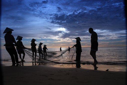 Fisher Men, Hai Hoa Beach, Vietnam, Beach, Sunrise