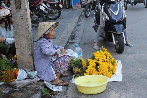 Vietnam Street Vendors, Hoi An Street Vendor