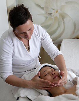 Massage, Fascial, Facial Massage, Cosmetics, Studio