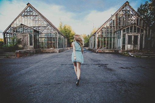 Msu, Girl, Woman, Running, Run, Runs, Blue Dress, Dress