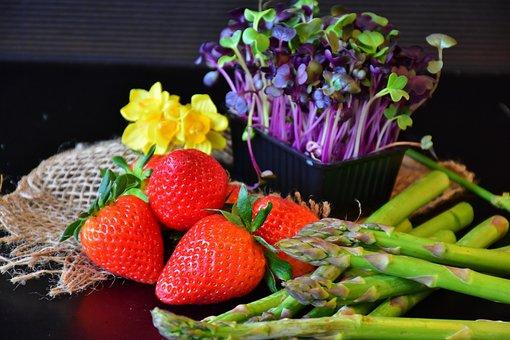 Strawberries, Asparagus, Cress, Sango Radish Cress