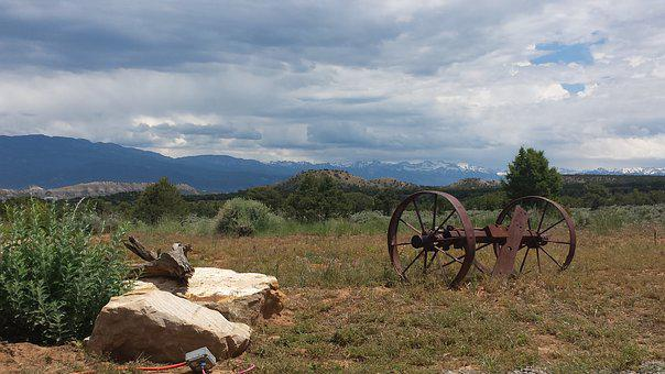 Western Remnant, Old West, Western Implements