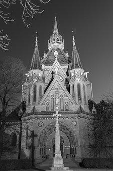 Breclav, Church, Czech Republic, Christian, Holy