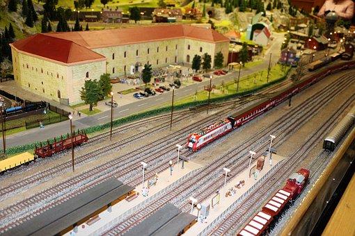 Model Train, Railway, Scale H0, Locomotive, Toys