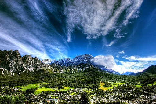 Cortina D Ampezzo, Dolomites, Italy, Cortina D'ampezzo