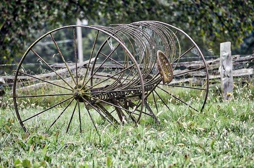 Hay Rake, Vintage Equipment, Farm, Farm Equipment