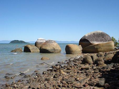 Coconutbeach, Australia, Rocks