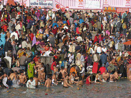 Pilgrims, Hindu, Bath