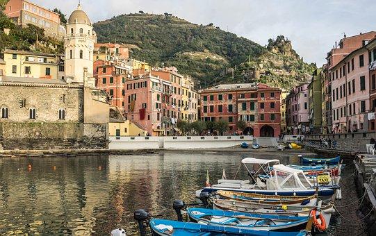 Cinque Terre, Europe, Italy, Vernazza, Architecture