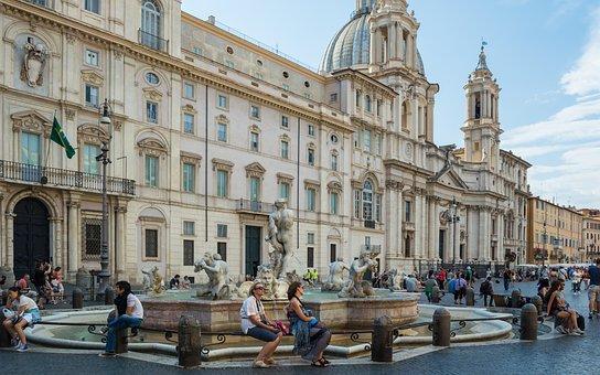 Palazzo Pamphili, Piazza Navona, Moor Fountain, Rome