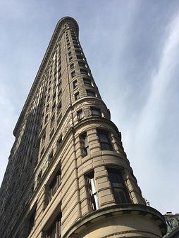 New York, Far Boards, Building