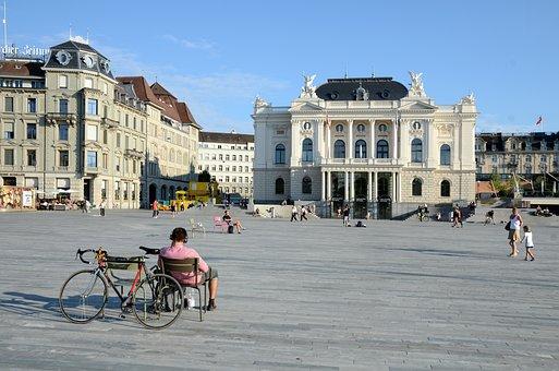 Zurich Opera House, Sechseläutenplatz, Zurich