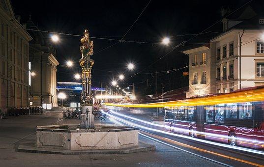 Kindlifresser Fountain, Bern, Bus, Night, Long Exposure
