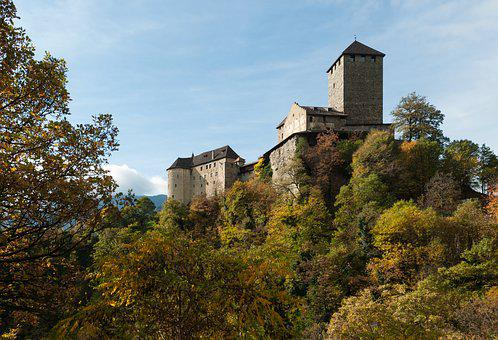 Castle Tyrol, South Tyrol, Autumn, Castle, Meran