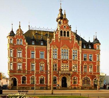 Town Hall, Dresden, Pieschen