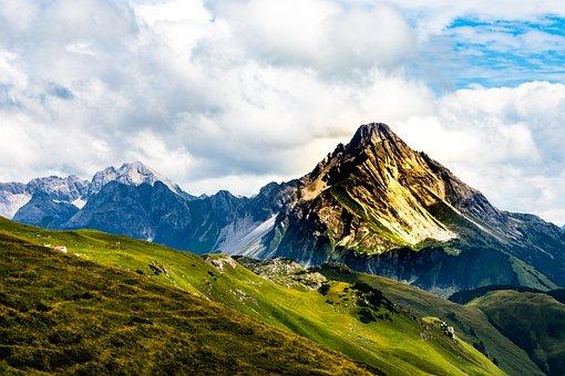 Aries Stone, Alpine, Kleinwalsertal, Mountains