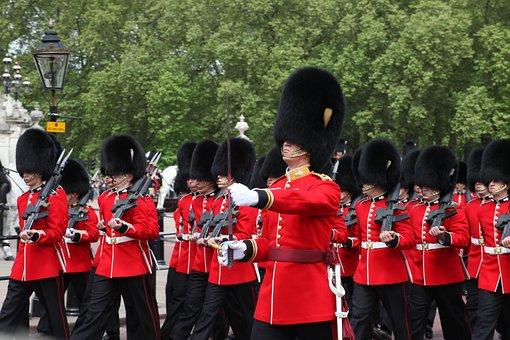 Grenadier Guards, London, Soldiers, England, Queen