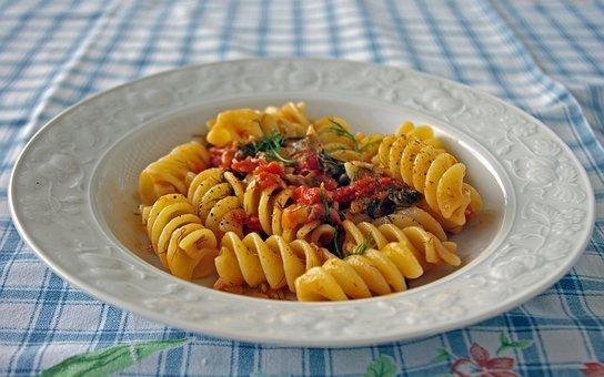 Fusilloni, Pasta, Italy, Italian Cuisine, Tomatoes