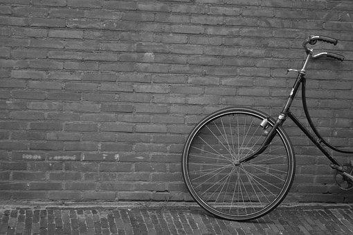 Upright Bicycle, Wall, City