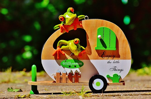 Frogs, Caravan, Funny, Travel, Luggage, Trolley
