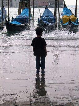 Boy, Gondola, Waves, Italy, Venetian, Canal, Wet