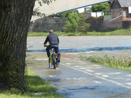 High Water, Cyclists, Wet, Get Wet, Attempt, Water