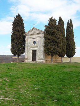 Tuscany, The Chapel Of Our Lady Of Vitaleta
