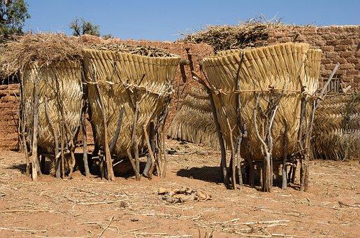 Burkina Faso, Foodstorage, Namsigi