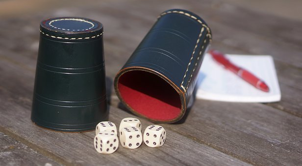 Yatzy, Dice, Raflebæger, Games, The Raffle