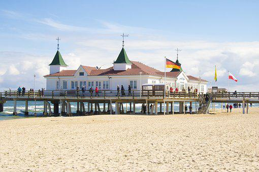 Ahlbeck, Sea Bridge, Baltic Sea Resort Of Ahlbeck