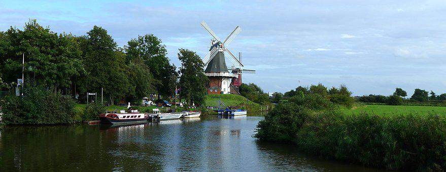 Greetsiel, Greetsieler Zwillingsmühlen, East Frisia
