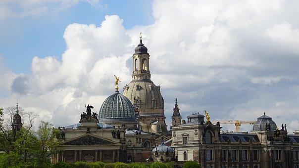 Dresden, Frauenkirche, Brühlova Terrace, Terrassenufer