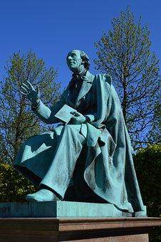 Hans Christian Andersen, Rosenborg Castle Gardens