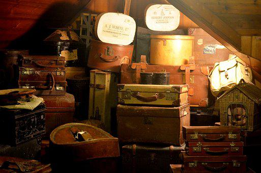 Luggage, Leather Suitcase, Dachstock, Worn, Used