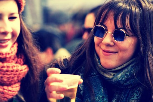 Girl, Beer, Bríle, Freedom, Young, Lady, Alcohol, Woman
