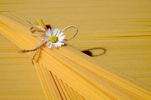 Spaghetti, Noodles, Pasta, Durum Wheat, Yellow, Raw