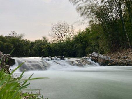 Hangzhou, The Landscape Between, Scenery