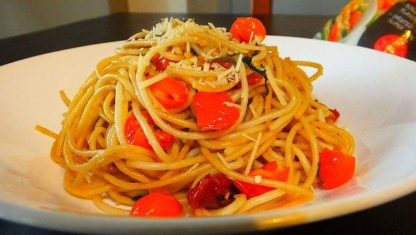 Spaghetti, Aglio Olio, Pasta, Italian, Lunch, Tomatoes