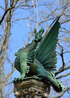 Sculpture, Water-breathing Dragon, Braunschweig, Figure