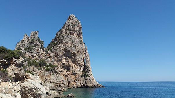 Pedra Longa, Mediterranean, Sardinia, Coast