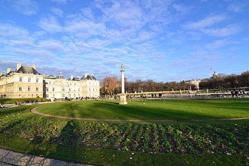 Jardin Du Luxembourg, Paris, Lawn, Column, France