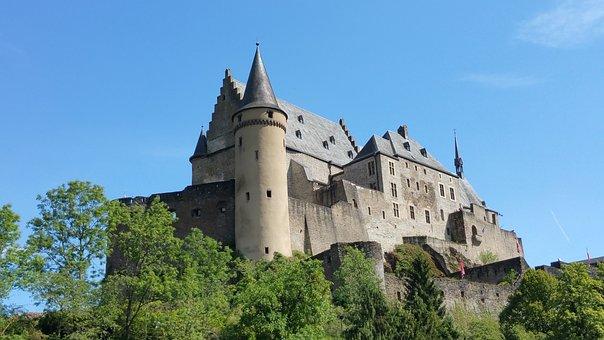 Vianden, Castle, Luxembourg, Landmark, Hill